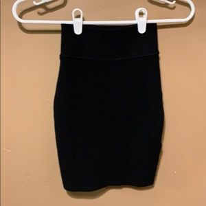 NWOT Wilfred Free black ribbed mini skirt. XXS